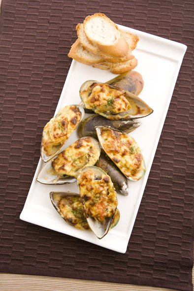 Mussel with Mornay Sauce